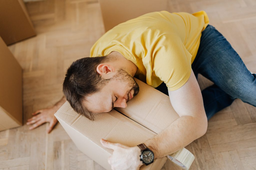 5 Useful Tips to Make Moving Less Stressful